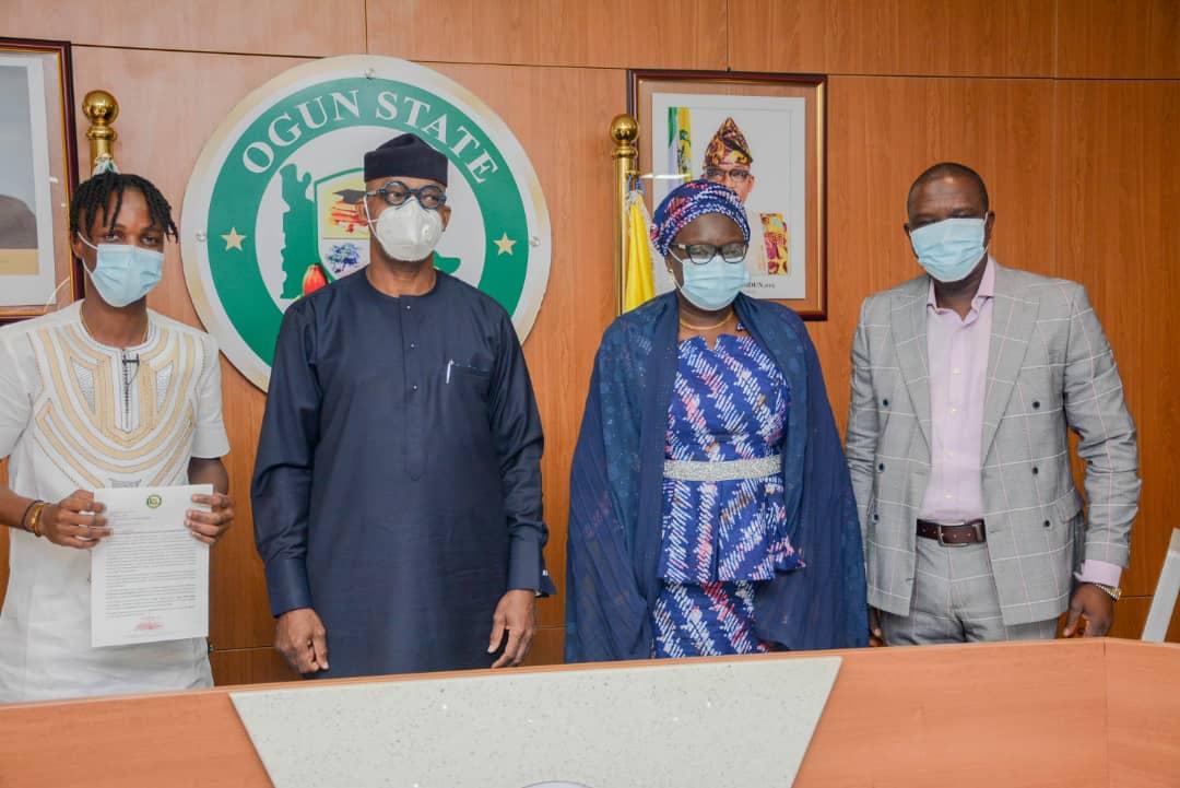 Ogun Gov appoints Laycon Youth Ambassador