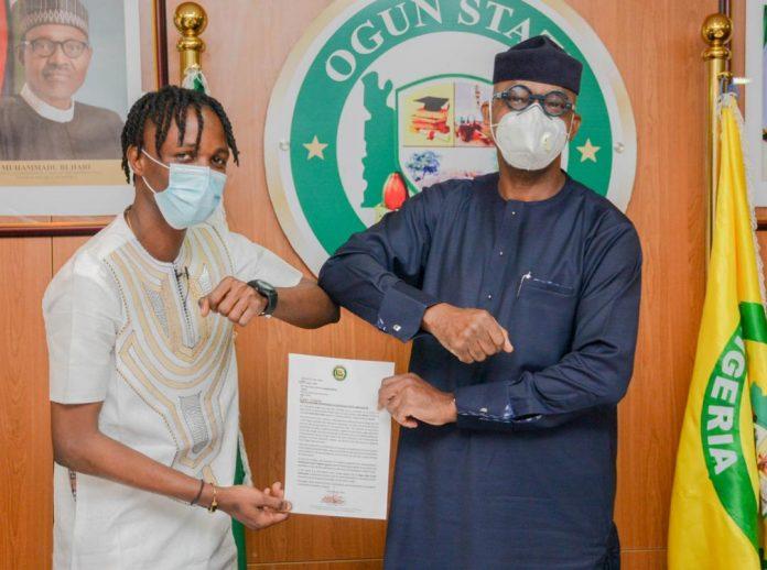 Laycon meets Gov Abiodun at Govt House Abeokuta